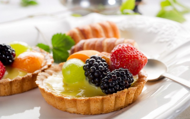 Fruits-Food-Pie-1800x2880-800x500